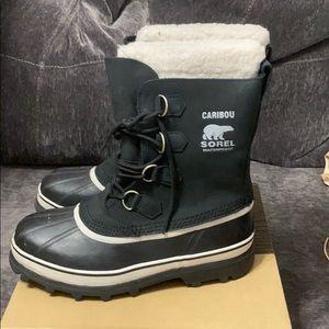 Sorel black waterproof snow boots women size 11